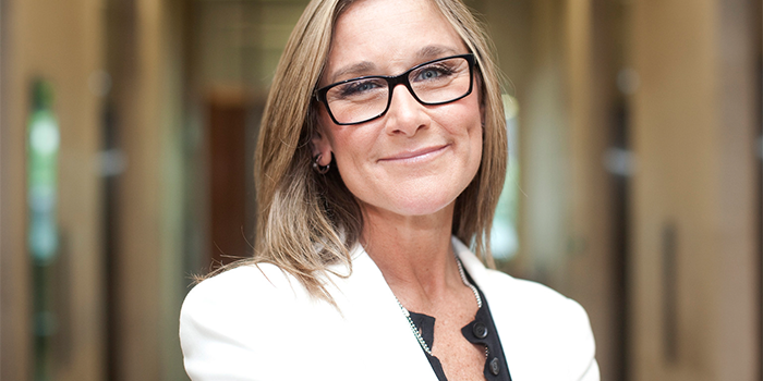 angela-ahrendts-direction-apple-store-68-millions-dilengo